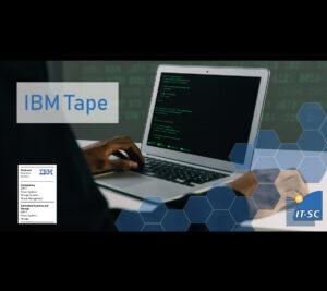 IBM Tape dargestellt durch PC, vor dem ein Mann sitzt